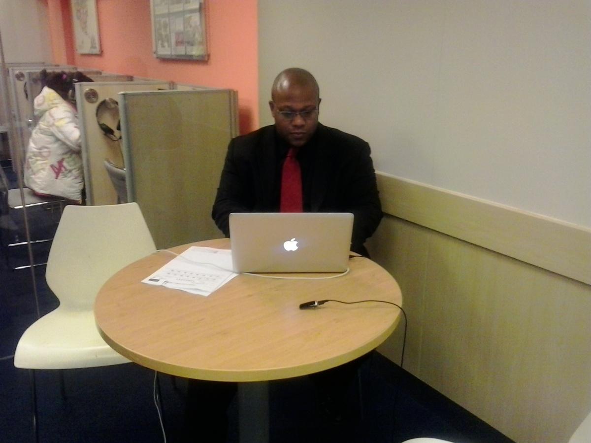 Como criar curriculum vitae online
